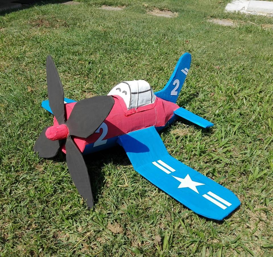 airplane pinata