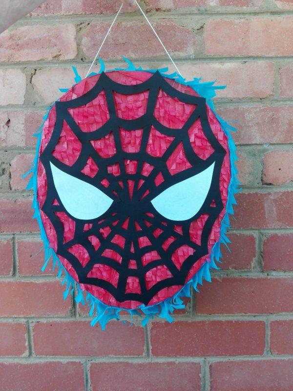 Spiderman pinata propnpinata